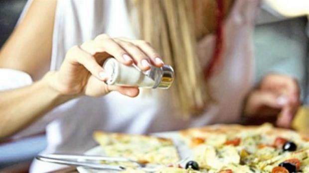 Menos sal en alimentos y bebidas envasadas